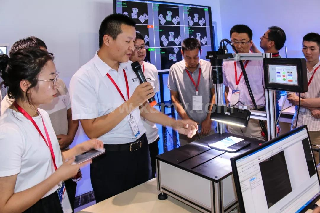 mg游戏平台手机版设备线阵相机