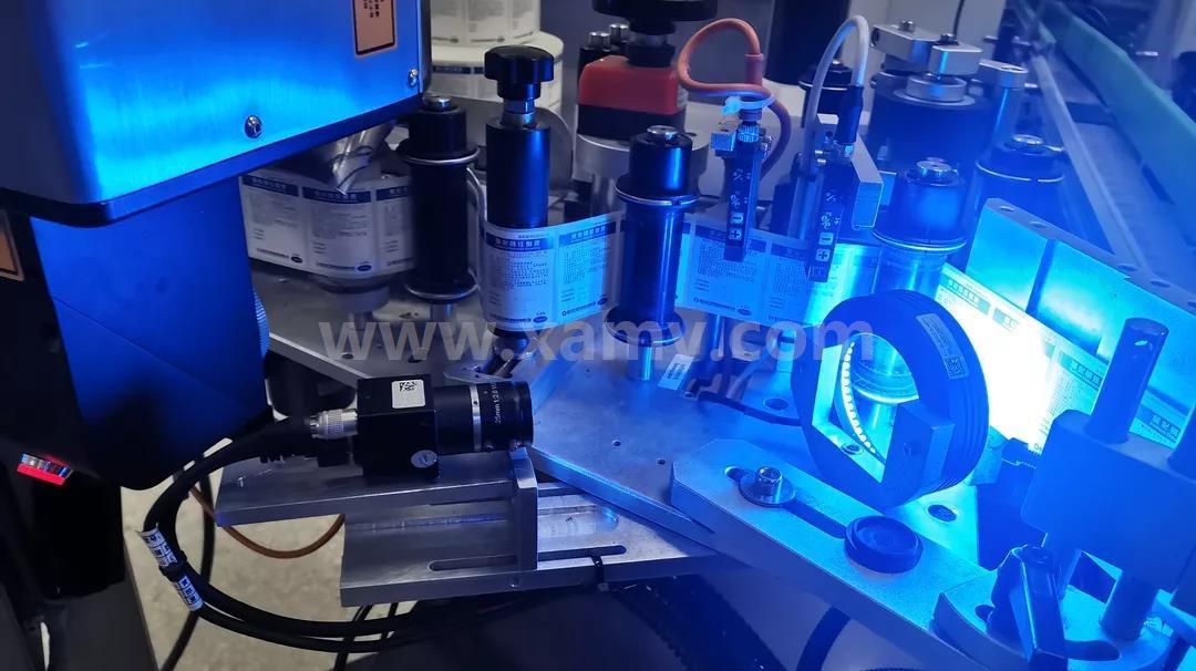 机器视觉对标签打标机在线识别检测1